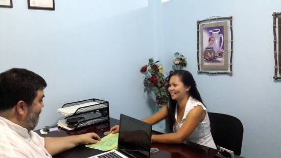 Jeff Harvie helping a client with a spouse visa to Australia from Philippines